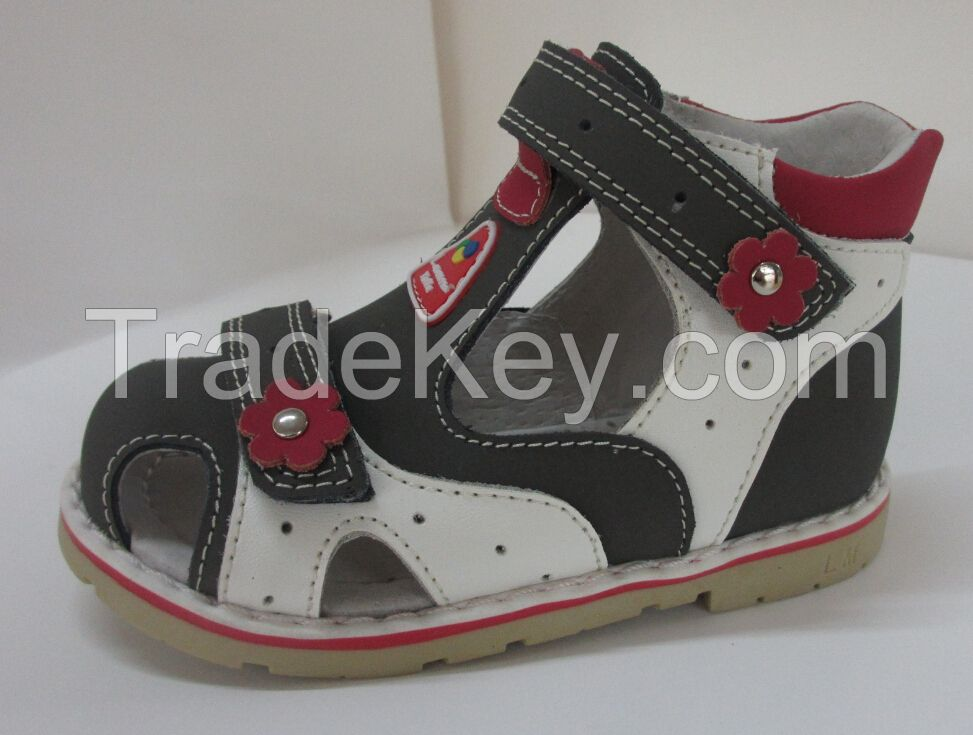 Orthopedic shoes for  children sandal