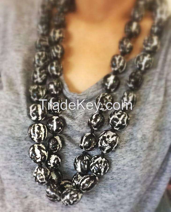 Black and White Kukui Nut Leis