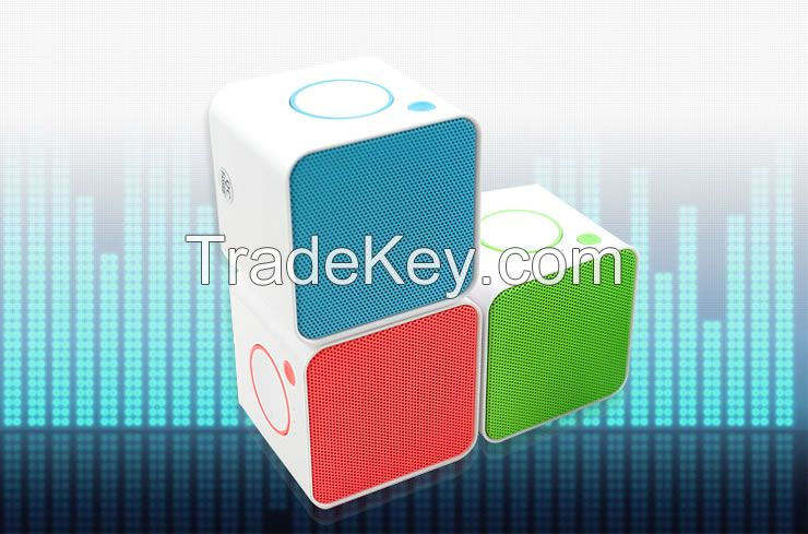 Factory Supply New Arrival Bluetooth Mini Speakers Bluetooth Anti-lost Bluetooth Camera Bluetooth Phone Call High Quality Speakers