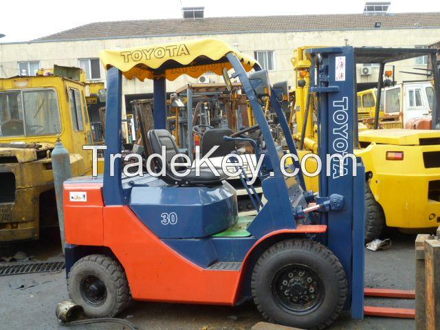 used forklift , diesel forklift , toyota , japan origin , good price---