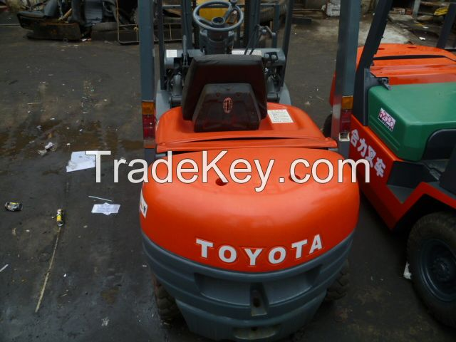 used forklift , diesel forklift , toyota , japan origin , good price---