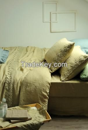 linen Bedding Sets with Duvet Covers. Designed and manufactured in Italy