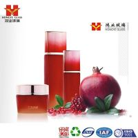 Luxury Packaging gradient red color empty cosmetic sets spray glass bottle with pump HY1539