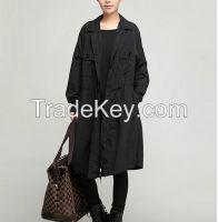 Single-breasted coat lengthened