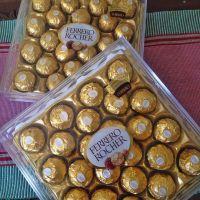 ferero rocher,Kinder Bueno, Snickers, Mars Chocolate, Twix, Kitkat, Bounty, Nutella