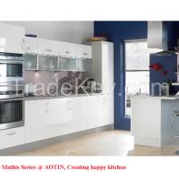 2015 Hot Sale Modern PET Kitchen Cabinet With Peninsula