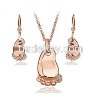 Fashion Cute Feet Shape Gold Plated Jewelry Set