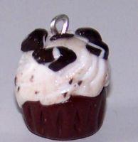 Sweet cupcake charms