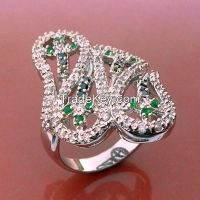 green and white CZ with white rhodium plating, high polised ring