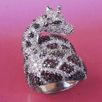 new design 925 sterling silver animal ring with garnet CZ and white CZ