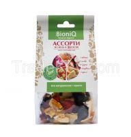Assorted dried fruits and berries BioniQ