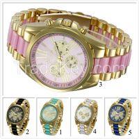 GuangZhou Wholesale Fashion Geneva Quartz stainless steel Watch Back Geneva Quartz Watches relogios femininos woman