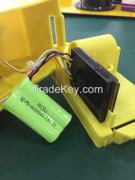 Solar road safety traffic barricade warning light