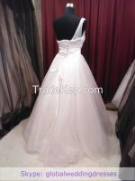Ball-gown Wedding Dress Ivory Fine-netting One-shoulder Floor-length