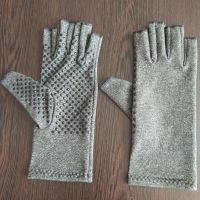Arthritic Pain Relief Arthritis Compression Gloves With Magnets