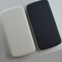 ME1012-01 cable power bank