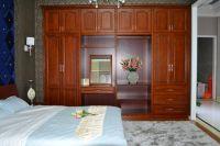 Large Capacity Master Bedroom Wardrobe