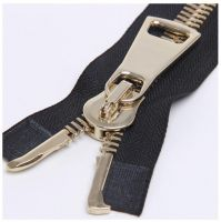 Silvery Metal Zipper