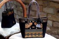 Bag lady with motif