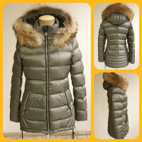 WOMAN DOWN COAT WITH REAL RACOON HOOD