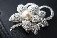 2016 New Rhinestones Mosaic Natural Pearl Alloy Material Flowers Shape
