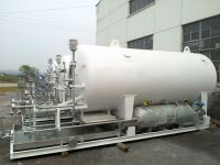 storage tank with vaporizer attatched