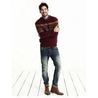 Distressed tinting skinning men's jeans