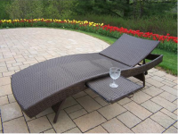 Patio Wicker foldable Chaise Lounge with Built-In slide out table