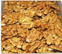 Walnut kernels Light Amber Halves