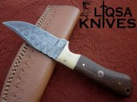 Custom made hunting knife