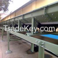 Enclosed belt conveyor