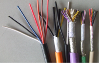 electronic instrument cables and its types