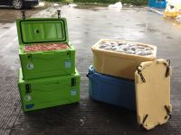 travel, barbecue, fishing and other outdoor activities using insulated container