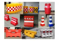 Traffic Safety Stackable Barricade Portable Traffic Barrier with Water Filled