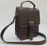 STAG Men�s flap genuine cow hide finish leather cross body bag