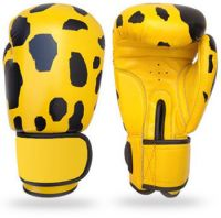 Highest Quality PU Entery Level Boxing Gloves Specially made for Trainers