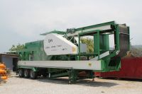 GNR - MC110 Mobile Crusher washing and Screening Plant consists of two chassis.