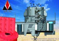 Sand crushing machine