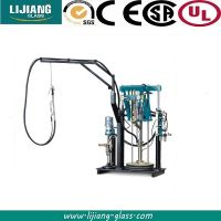 Pneumatic sealant spreading machine