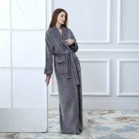 Chinese supplier high quality  flannel fleece/coral fleece bathrobe