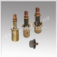 Oil cooled thermostatic valve