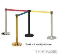 Stanchion with retractactable belt