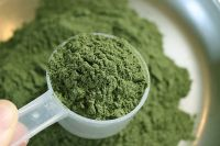 Quality Kratom Powder and Leaves