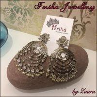 Jewellery, earrings, fashion jewellery