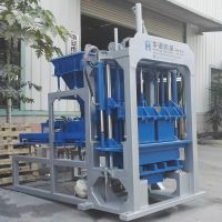 QT4-30 semi-automatic brick making machine