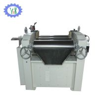 Three roll grinding machine