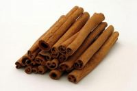 Cinnamon branch (split cassia)
