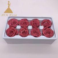 Easy Holiday Season Hostess Gift Idea: A DIY Rose Gift Box