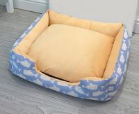 Europe Style Warm Dog Beds Heating Pet Bed (whale)