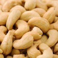 Raw Cashew Nut from thailand Packing: jutes bag 80 kg
